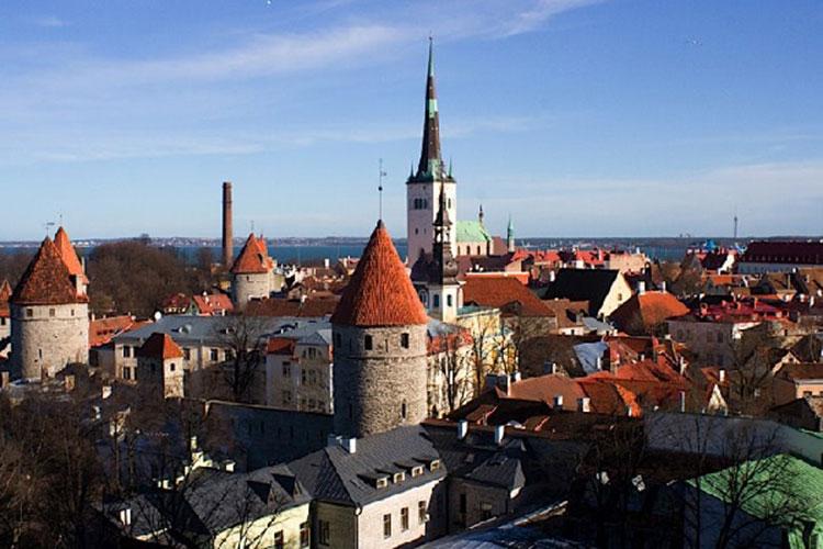 Летняя столица Эстонии приглашает на бесплатные пешие прогулки!